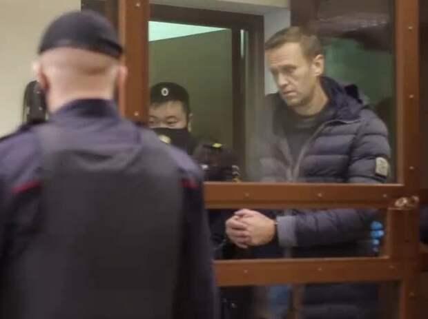 Адвокат Навального заявил, что в деле нет признаков состава преступления
