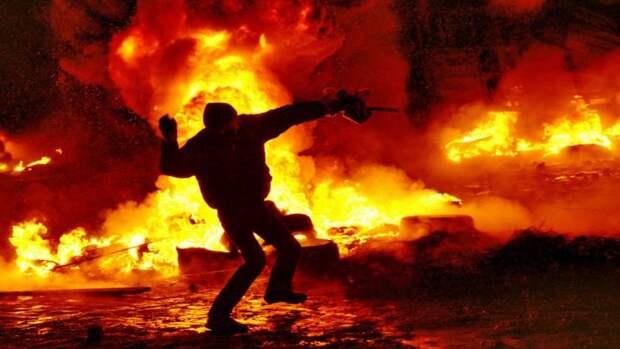 Астролог Влад Росс предсказал бурление и новый майдан на Украине