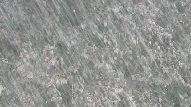 Мощный ливень затопил несколько районов Кемерово