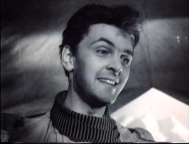 25 апреля 1928 года родился Юрий Васильевич Яковлев