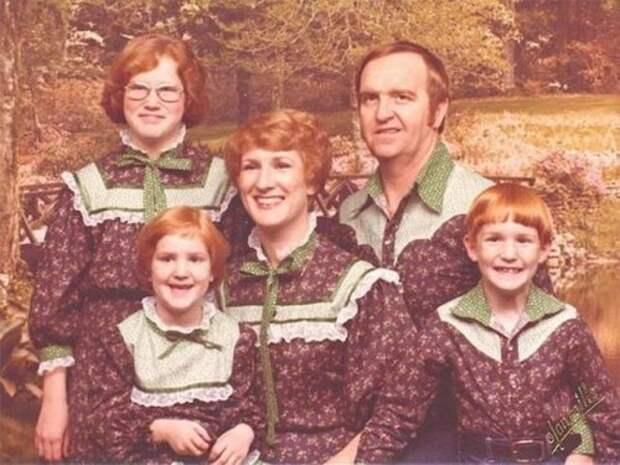 Смешные и нелепые семейные фотографии