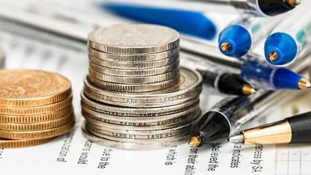 Власти РФ планируют запретить взыскание долгов родителей с детей