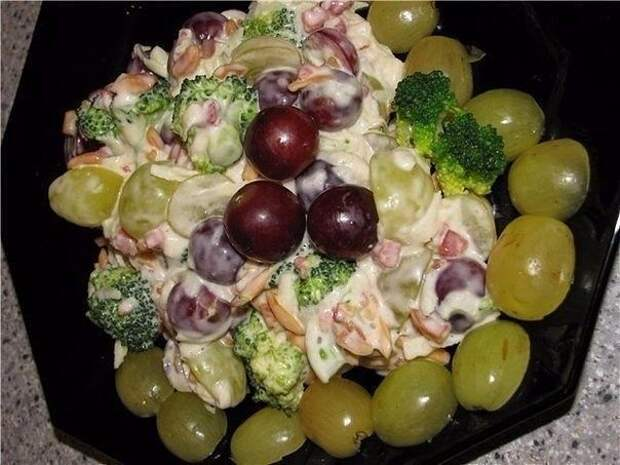 Аппетитные салаты на праздничный стол