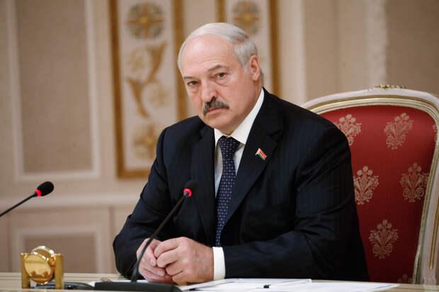 Новый виток конфликта. Лукашенко пытается подмять российские банки