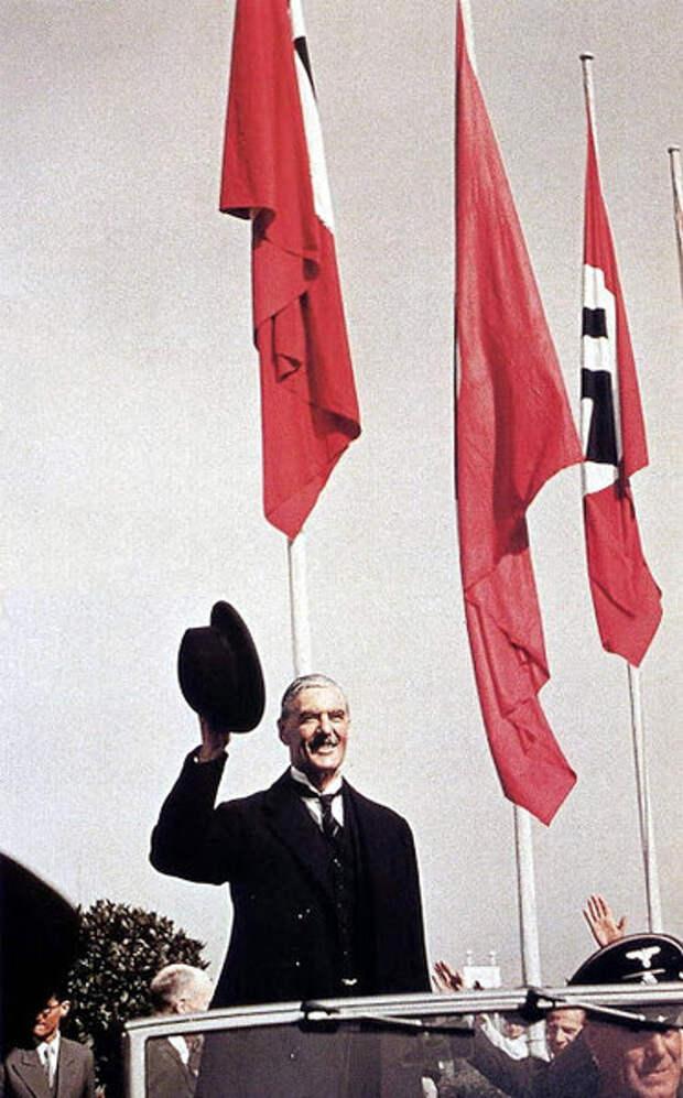 Как Чемберлен подписал Мюнхенский договор и не позволил немецким генералам убить Гитлера