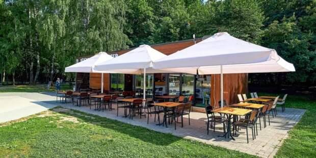 В Москве уточнили правила посещения кафе и ресторанов для детей и подростков