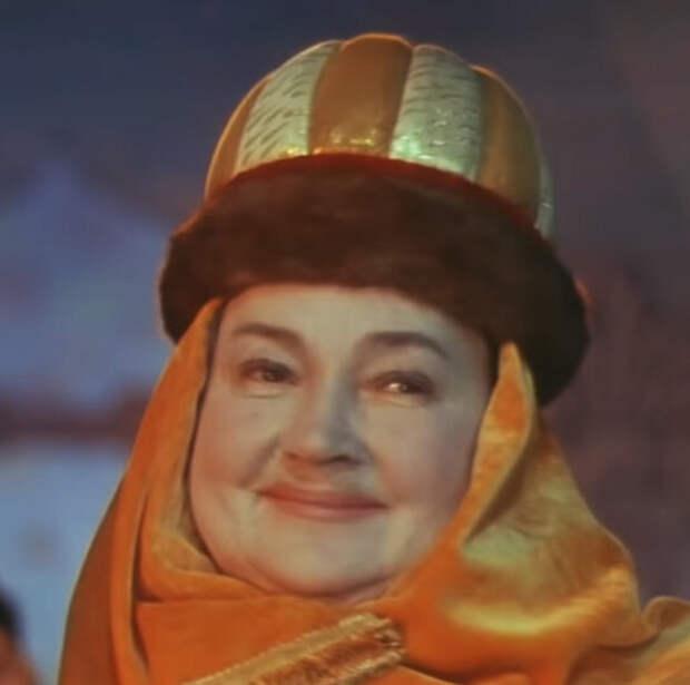 Ольга Викландт в образе Бабарихи