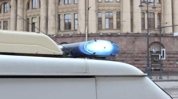 Выборгского подростка нашли на улице с проломленной головой