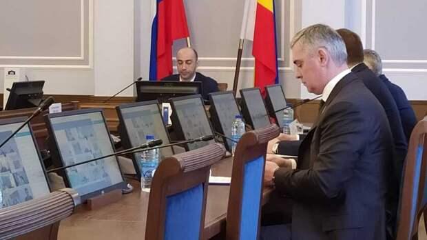 Доступность жилья для отдельных категорий обсудили вЗаксобрании Ростовской области
