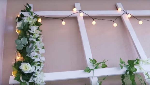 Крутое преображение скучного серого балкона: уютное место для отдыха