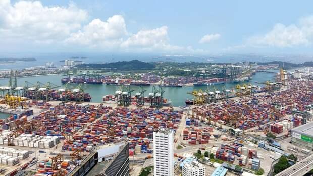 РФ «отжимает» все морские перевозки, что заставляет США и Европу изрядно нервничать