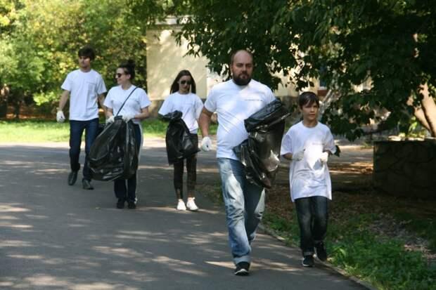 В парке «Кузьминки-Люблино» будут собирать мусор на бегу