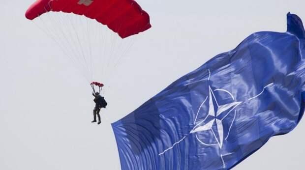 Россия сделала бессмысленным существование НАТО