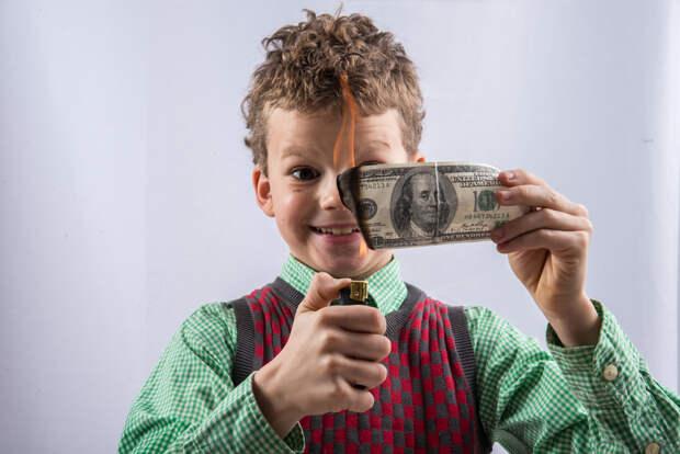 Доллару предрекли обрушение из-за РФ
