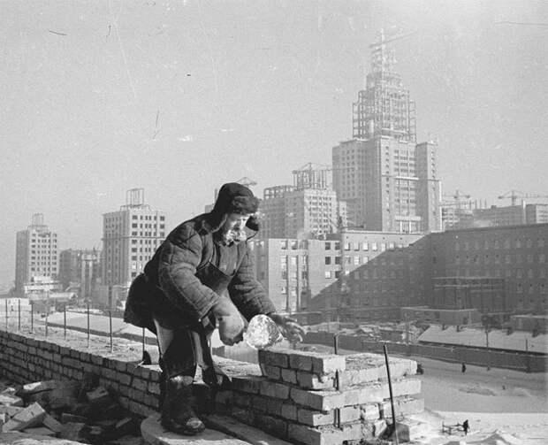Постановление №1871: почему в 1955 году в СССР запретили строить красивые дома