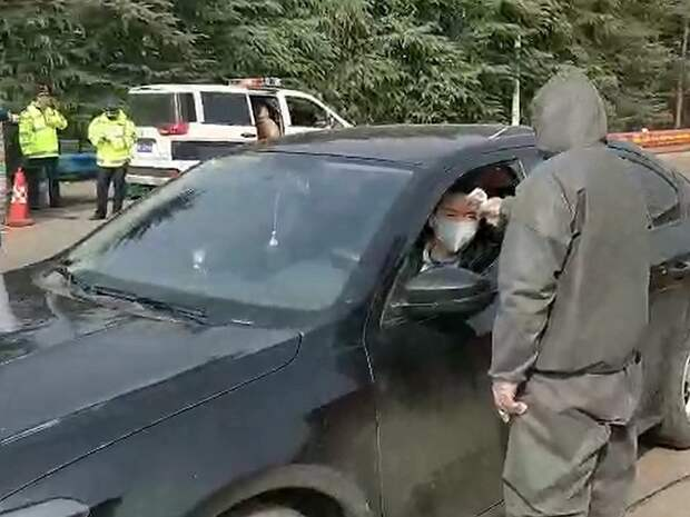 По китайскому сценарию: могут ли в России начать задерживать водителей из-за коронавируса