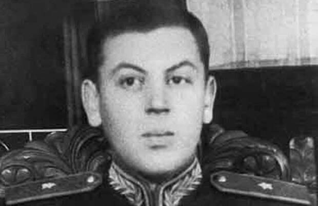 Василий Сталин: тайна могилы младшего сына вождя
