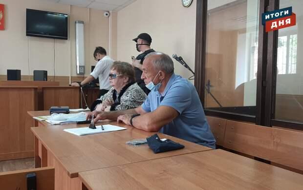 Итоги дня: судьба «зебры» у магазина «Подарки» в Ижевске, заседание по делу Соловьева и приговор морякам в Греции