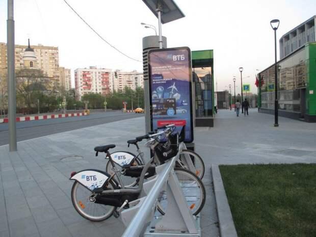 Две станции велопроката заработали в Западном Дегунине
