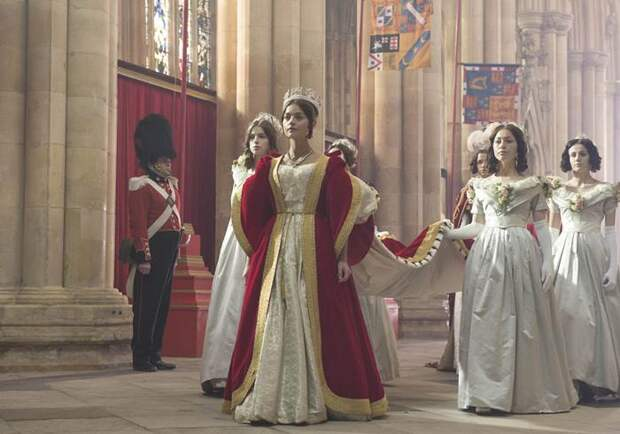 Виктория превратила Букингемский дворец в обитель монархов