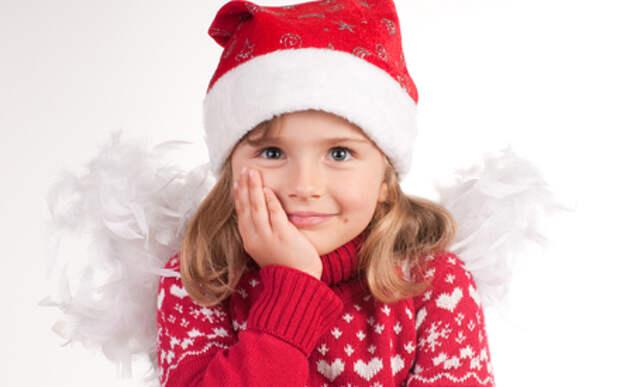 Это детям НЕ дарить! Чему не место под новогодней елкой?