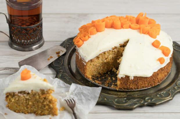 Морковно-кабачковый пирог. \ Фото: zira.uz.