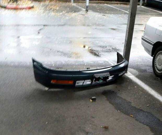 Деталь призрачного авто.
