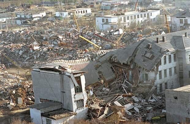 Заброшенные города СССР: раньше здесь жили десятки тысяч человек