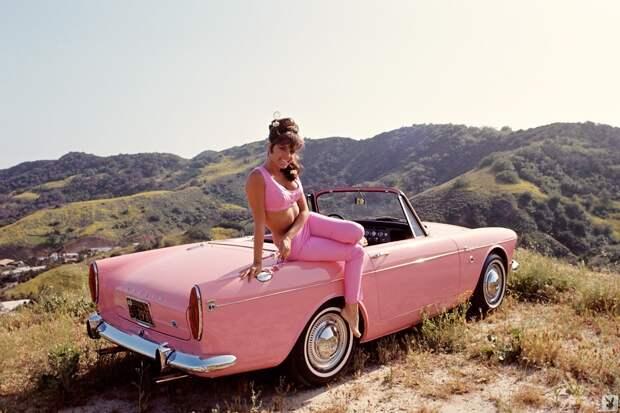 Девушки Playboy середины 1960-70 годов и ретро автомобили