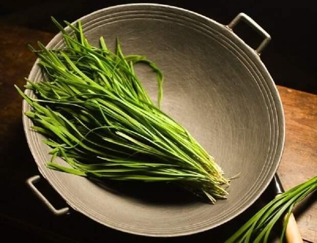Лук душистый: лучшая приправа для мясных блюд