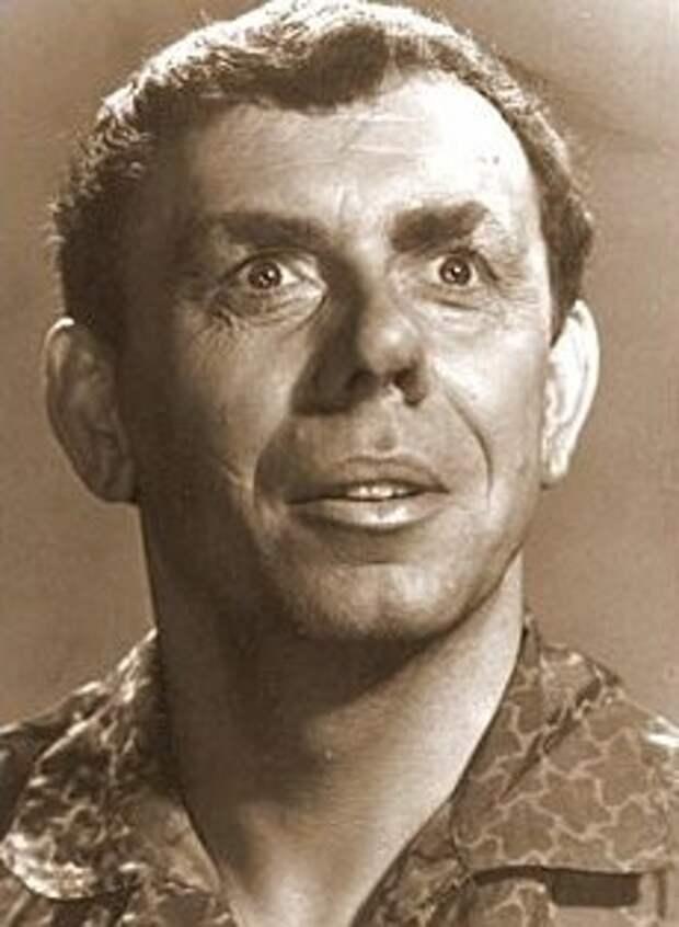 Фотопробы Анатолия Папанова для фильма «Человек ниоткуда» (1961)