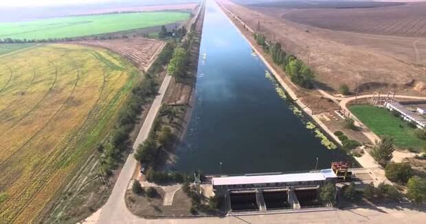 Украина намерена достроить дамбу на Северо-Крымском канале