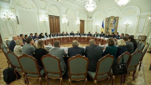 Депутат Рады призвал украинское правительство разорвать отношения с Россией