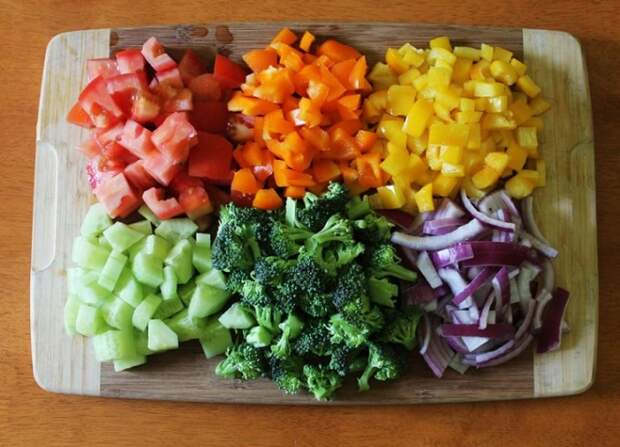 Яркие элементы декора для салата. \ Фото: inwomen.ru.