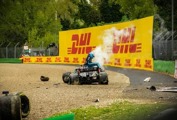 Опрос: Кто виноват в аварии на Гран При Эмилии-Романьи?