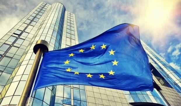 В Еврокомиссии обвинили Кремль в распространении теорий заговора о COVID