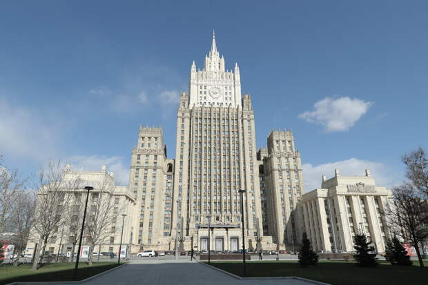 МИД РФ не стал объявлять украинского консула-шпиона персоной нон грата
