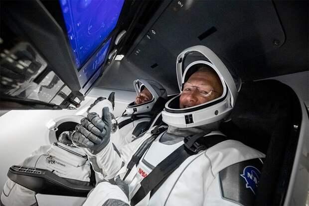 NASA выбрала SpaceX для высадки американцев на Луну
