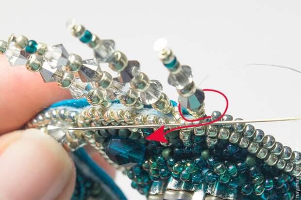 Создаем краба из бисера и кристаллов Swarovski