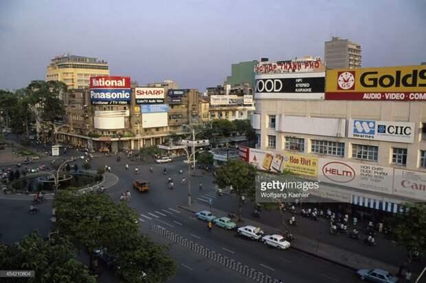 Вьетнам 1992, СССР, дорожное движение, капиталистические страны, прошлый век, соц. страны, страны третьего мира, улицы