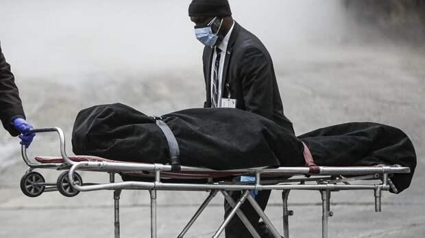 В Китае скончался первый за восемь месяцев пациент с Covid-19