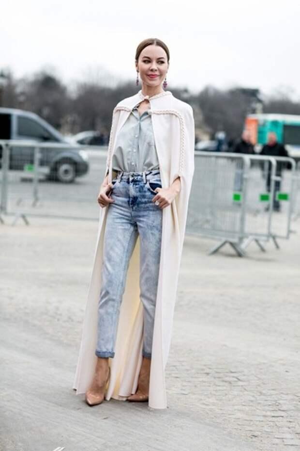 уличный сет с джинсами варенками для 50-летней