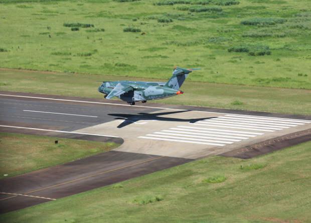 Бразильцы завершили сертификацию своего самого тяжелого самолета