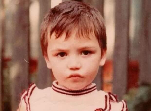 детство популярных личностей. 3 часть