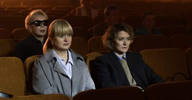 Надежда Михалкова завершила съемки сериала с сестрой: новые фото