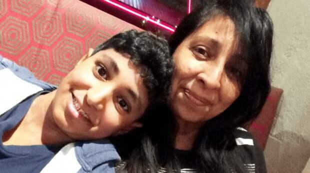 Одноклассники Каранбер Чема (Karanbir Cheema) прекрасно знали о его сильной аллергии на молочные продукты. Поэтому, когда у мальчика начался приступ, ему на помощь бросился школьный персонал. Но подросток умер на 11 день после прибытия в госпиталь аллергия, англия, в мире, лондон, происшествие, смерть, сыр, школьник
