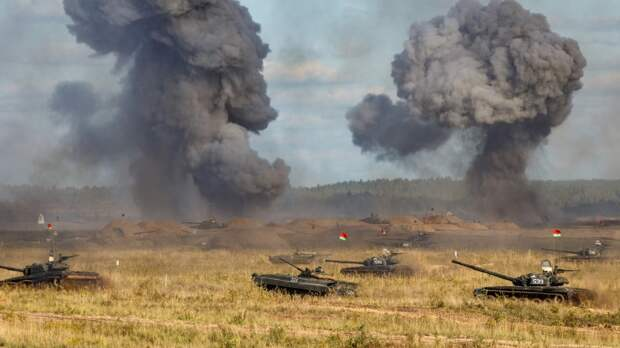 Россия показала полякам и прибалтам, что их нападение на Белоруссию закончится в Париже