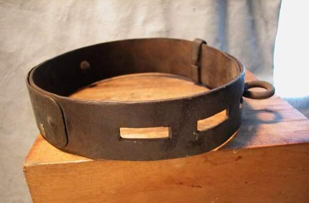 Ошейник североамериканского раба, изготовленный в 1850-х годах (2)