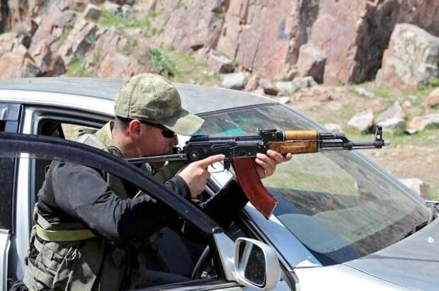На границе Киргизии и Таджикистана началась новая перестрелка
