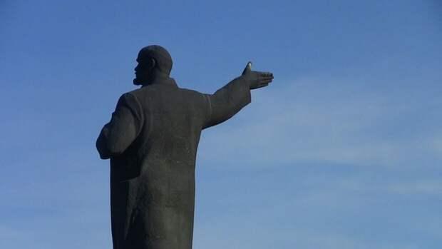 Зюганов отреагировал на желание художника из США выкупить тело Ленина
